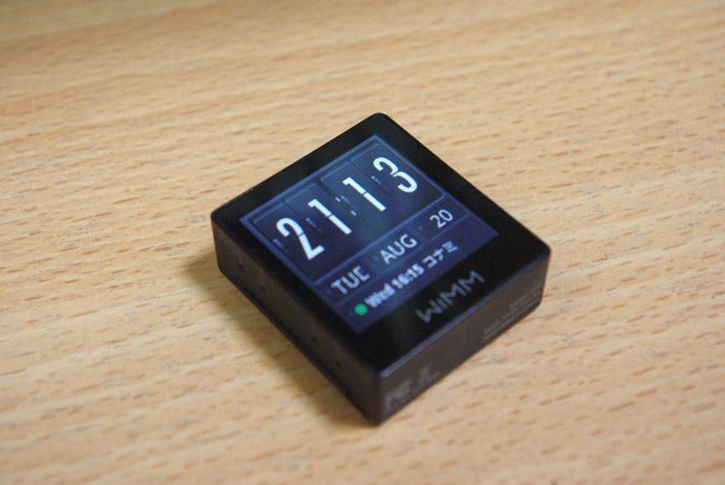 eadcc3610f バッテリーが一日程度しか持たないため、毎晩クレードルに置いて充電するのだが、接触が悪くなってくると置いてぐりぐりやらないと充電が始まらない。